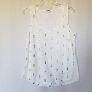 Old navy pinapple print white tank top size large.